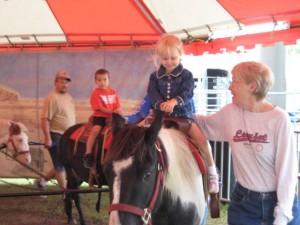 hanna on the horse